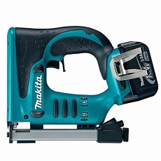 MAKITA BST110RFE 14v Stapler with 2x3ah Li-ion batteries